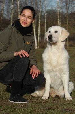 Beatrice Krist mit Golden Retriever Maybee